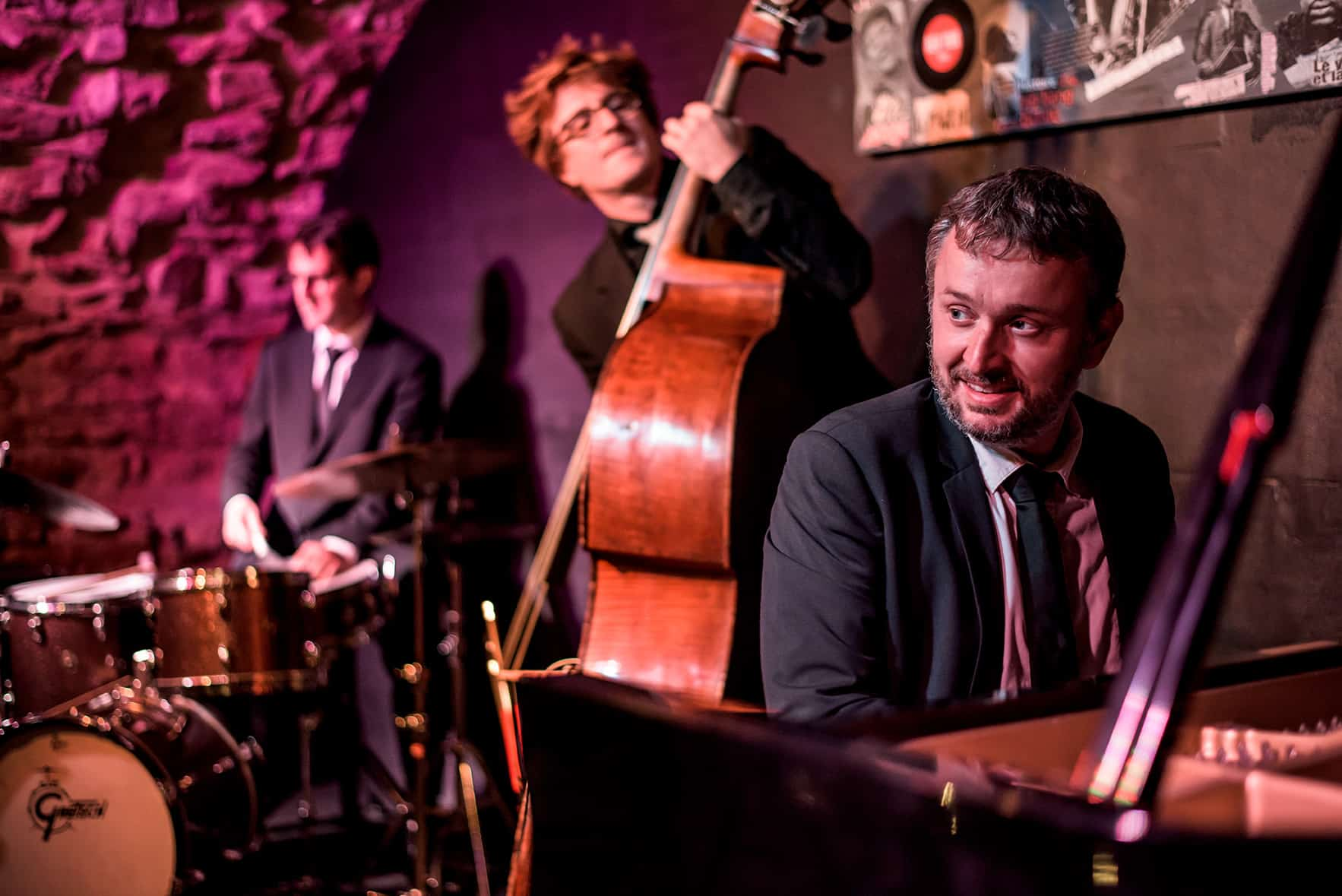stephane vincenza trio contrebasse batterie piano clef de voute jazz club lyon